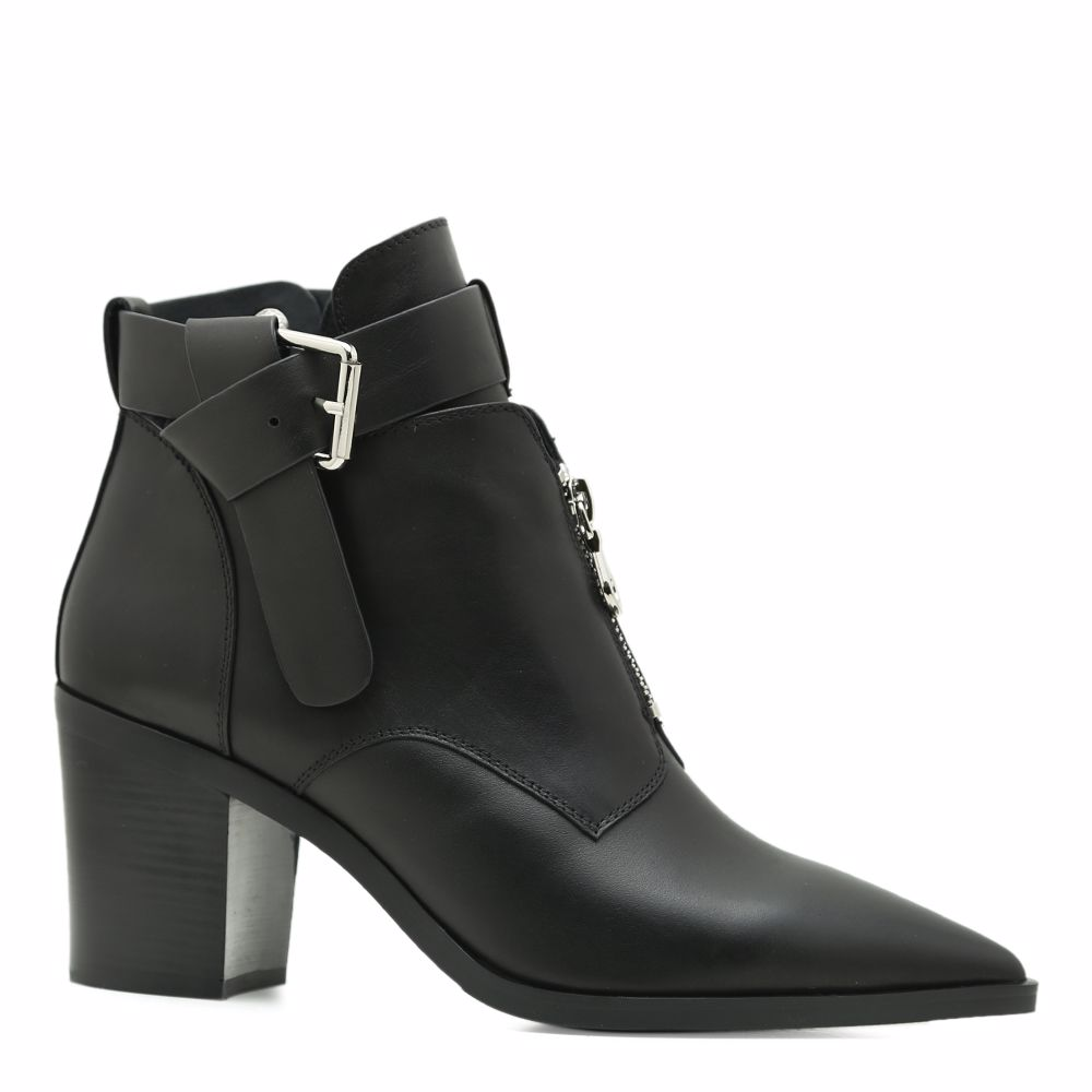 Ботинки весенние на каблуке Prego