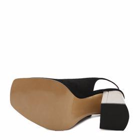 Босоножки на каблуке - Фото №5