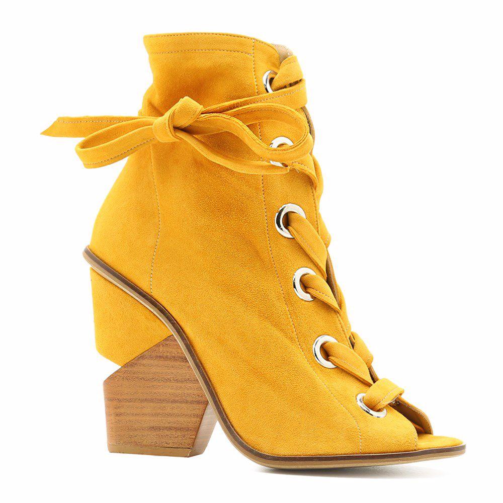 Босоножки на каблуке от Prego