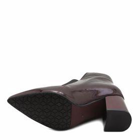 Ботинки весенние на каблуке - Фото №5