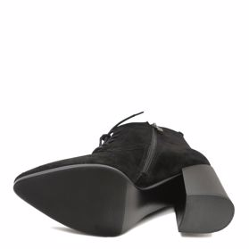 Ботинки осенние на каблуке - Фото №5