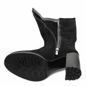Сапоги осенние на каблуке - Фото №5