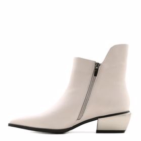 Ботинки весенние на каблуке - Фото №2