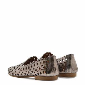 Туфлі з перфораціею - Фото №3