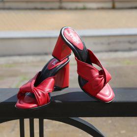 Шлепанцы на каблуке prego - Фото №6