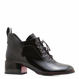 Ботинки весенние на каблуке - Фото №1