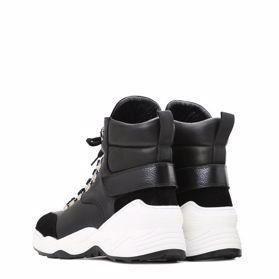 Ботинки зимние на платформе - Фото №3