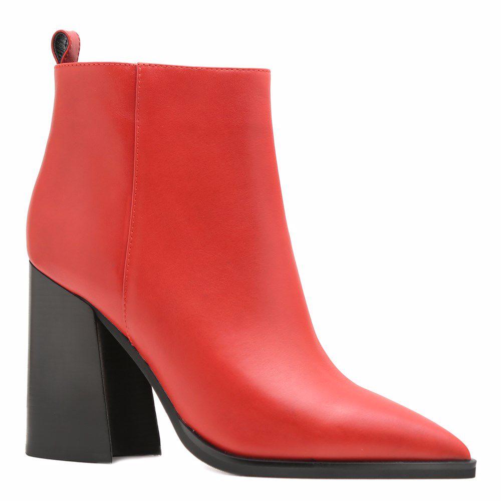 Ботинки осенние на каблуке от Prego