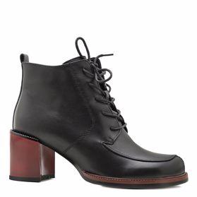 Ботинки осенние на каблуке - Фото №1
